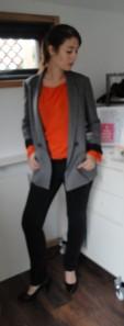 Grey suit jacket, silk blouse, skinny jeans